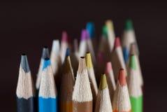 Bleistifte auf Schwarzem stockfoto