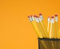 Bleistifte in der Halterung. Stockfotografie