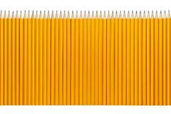 Bleistifte in Folge lizenzfreie stockbilder