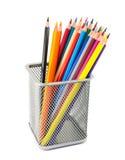 Bleistifte im Metalltopf Stockfotografie