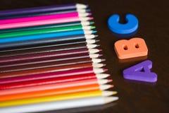 Bleistifte und ABC Stockbilder