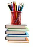 Bleistifte und Bücher Stockbilder
