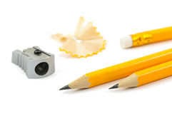 Bleistifte und Bleistiftspitzer Lizenzfreie Stockbilder