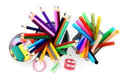 Bleistifte und felt-tip in den Körben. Lizenzfreie Stockfotografie