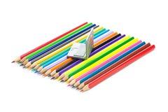 Bleistifte und Minilaptop Lizenzfreies Stockbild