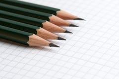 Bleistifte und Notizbuch Lizenzfreies Stockbild