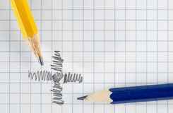 Bleistifte und Papier Lizenzfreie Stockbilder