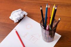Bleistifte und Zeichnung Stockbilder