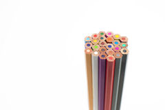 Bleistifte zusammen auf weißem Hintergrund Stockbild