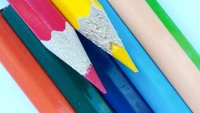 Bleistiftfarbe auf Hintergrund Stockfotografie
