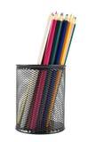 Bleistifthalter voll von Bleistiften Stockfoto