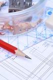 Bleistiftmachthaber und elektrischer Entwurf Stockbilder