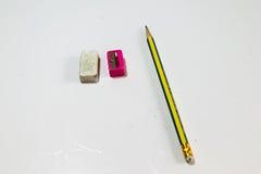 Bleistiftradiergummi und -bleistiftspitzer Lizenzfreies Stockbild