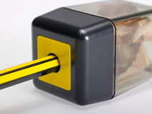 Bleistiftspitzer mit Kasten Lizenzfreie Stockfotografie