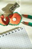 Bleistiftspitzer und Bleistift Stockfoto