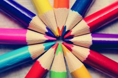 Bleistiftwerkzeug in Form einer Stange hergestellt vom Schreibmaterial stockfotos