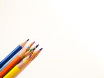 Bleistiftzeichenstifte auf weißem Hintergrund Stockfotografie