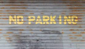 Bleknade ingen dörr för parkeringsteckengarage Royaltyfri Fotografi