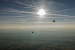 blendend Sonne und Ballone Stockfoto