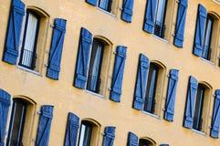 Blendenverschluß und Fenster Lizenzfreie Stockfotografie