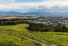 Blenheim i Wairau równiny od Więdną wzgórza, Nowa Zelandia obrazy royalty free