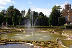 Blenheim Palace fountain, Woodstock, Oxfordshire, England Royalty Free Stock Photography