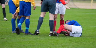 blessé de Footballeur Images libres de droits