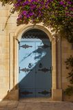 Bleu door in a house in the old capital of Malta, Mdina stock photography