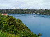 The bleu lake in Mount Gambier Royalty Free Stock Photography