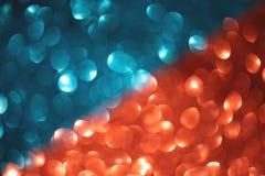 Bleu mélangé merveilleux et fond brouillé rouge photographie stock libre de droits