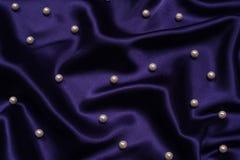 Bleu marine avec le fond de perles Image stock