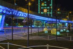 BLEU-passage, in de nacht wordt aangestoken die Royalty-vrije Stock Afbeeldingen