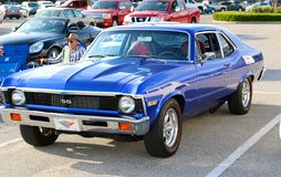 1970 bleu royal Chevy Nova solides solubles Image libre de droits