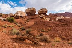 Bliźniacza skały formacja, Capitol rafa obrazy stock