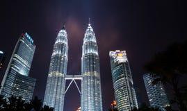 Bliźniacze wieże, wysocy budynki w Malezja Obrazy Royalty Free