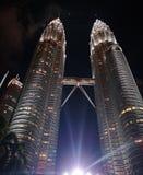 Bliźniaczej wieży nieba scrapper Malaysia zdjęcie royalty free