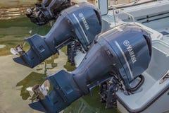 Bliźniak 300 HP Yamaha Cztery uderzenie Outboard silnika obraz royalty free