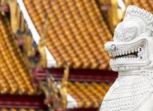 Bliźniaczy lew w Wacie Benchamabophit, Bangkok, Tajlandia Zdjęcia Royalty Free
