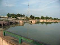 Blick Ayodhyas A von Ram ki-Pauri Stockfotografie