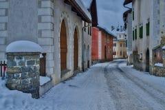 Blick des Dorfs von S-chanf im Engadine-Tal in Swit Lizenzfreie Stockfotos