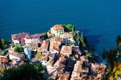 Blick von Varenna auf See Como Lecco in Italien stockbild