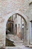 Blick von Visso, schönes Dorf in der Provinz von Macerata Stockbilder