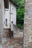 Blick von Visso, schönes Dorf in der Provinz von Macerata Stockfotografie