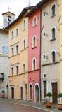 Blick von Visso, schönes Dorf in der Provinz von Macerata Stockfotos