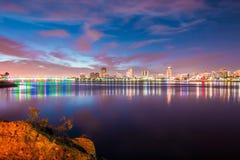 Blicken in Richtung im Stadtzentrum gelegenen Long Beach s Stockfotografie