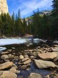Blicken in Richtung Nevada Fallss Stockfotografie