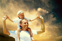 Blije vader en zoon Royalty-vrije Stock Afbeeldingen