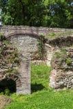 Blijft van de huizen in de oude Roman stad van Diokletianopolis, stad van Hisarya, Bulgarije Stock Fotografie