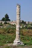 Blijft van de Tempel van Artemis Selcuk, nr Ephesus, Turkije Stock Foto's