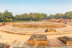 Blijft van Dharmarajika Stupa in Sarnath, Varanasi royalty-vrije stock afbeeldingen